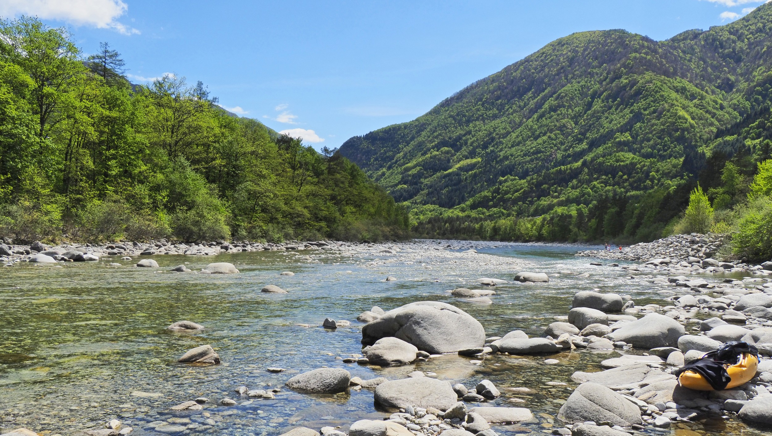 Wonderful but not untouched – the alluvial zones of the Maggia are greatly impacted by hydropower.