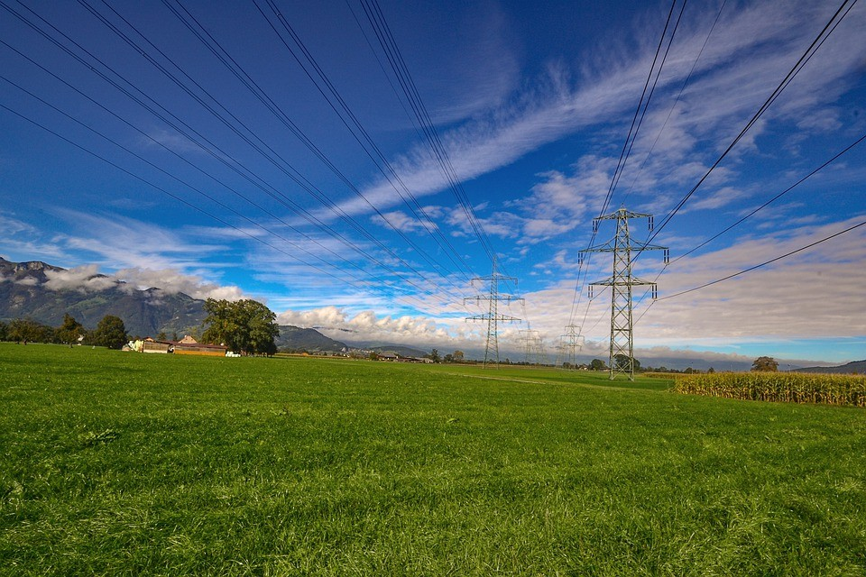 The electricity grid of the future must be able to meet new challenges – in particular the fluctuating supply of electricity from renewable sources makes new components necessary.